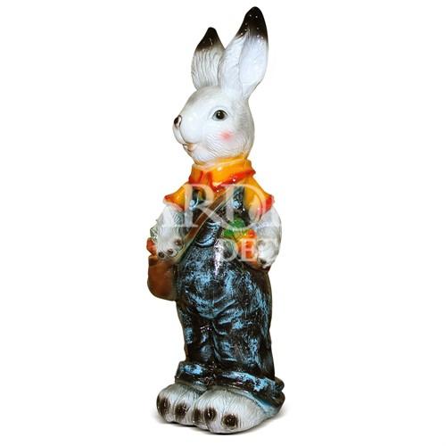 Садовая скульптура Зайка с сумкой и морковкой - фото 14269