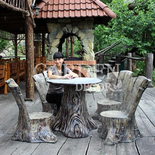 Стол для дачи за 8500 руб.