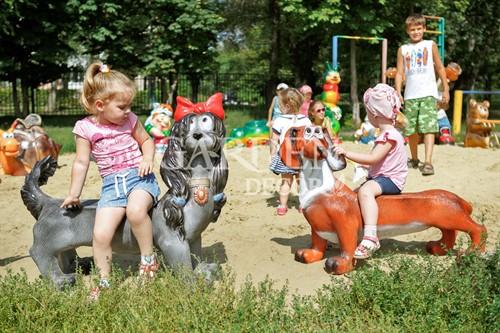 Мебель для детской площадки