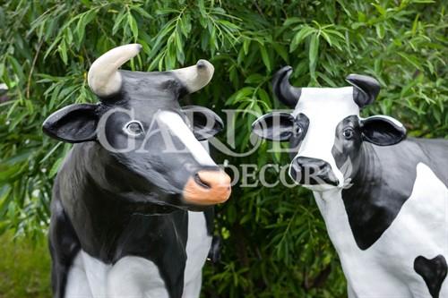 Коровы для сада