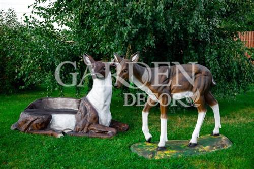 Фигуры оленей для сада