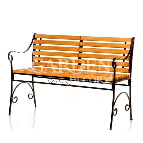 Скамейка за 8600 руб.