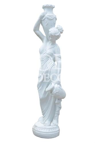Фигура девушка с кувшином