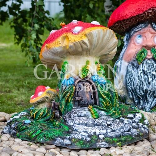 Крышка люка Гриб-домик сказочный - фото 43011