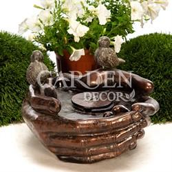 Садовый фонтан Ладони с птичкой